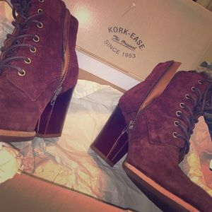 Boots suede burgundy